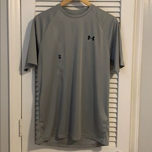 Under Armour Gray Athletic T-Shirt size M